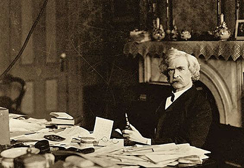 Mark-Twain-Desk.jpg#asset:318